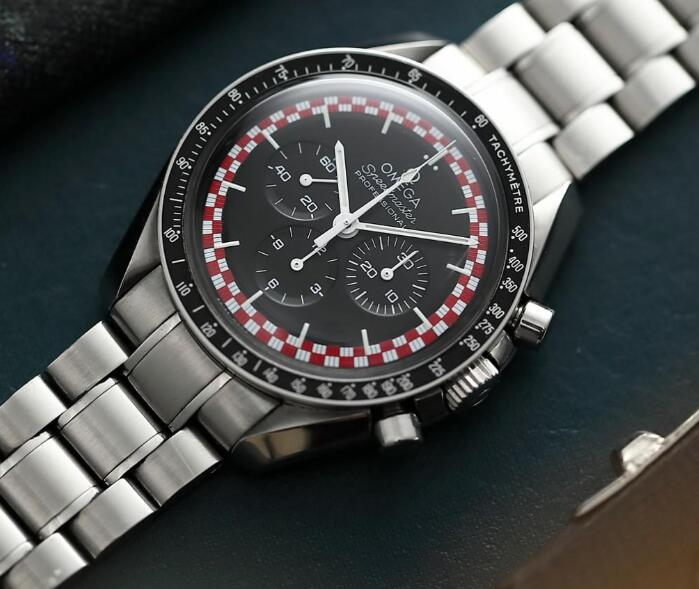 The black and red elements on the dial are eye-catching.