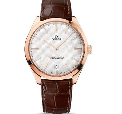 The Omega De Ville has perfectly presented the modern elegance and classic aesthetics.