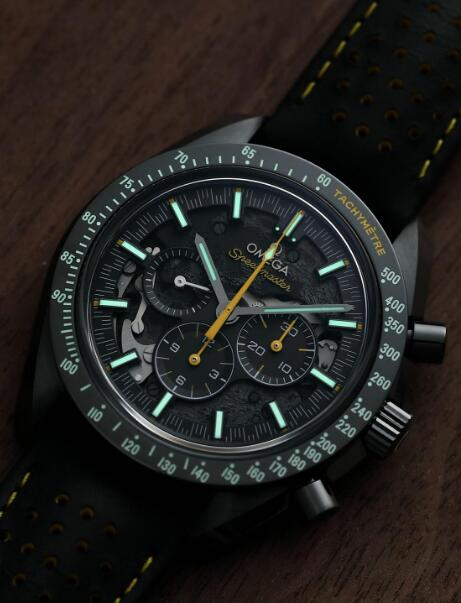 The timepiece is created to celebrate the historical moment when humans successfully land on the moon.