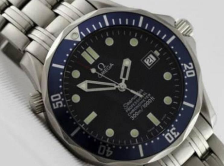 This Omega Seamaster is given by Prince William's mother.