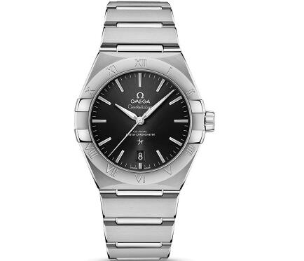 The new Omega Constellation is elegant and charming.