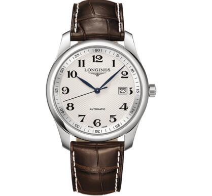 The brown leather strap adds the retro touch to the model.