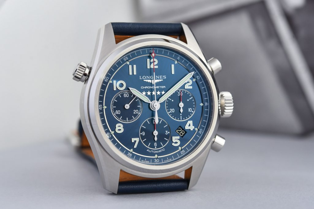 Longines Spirit replica has combined the luxury and sporty style.