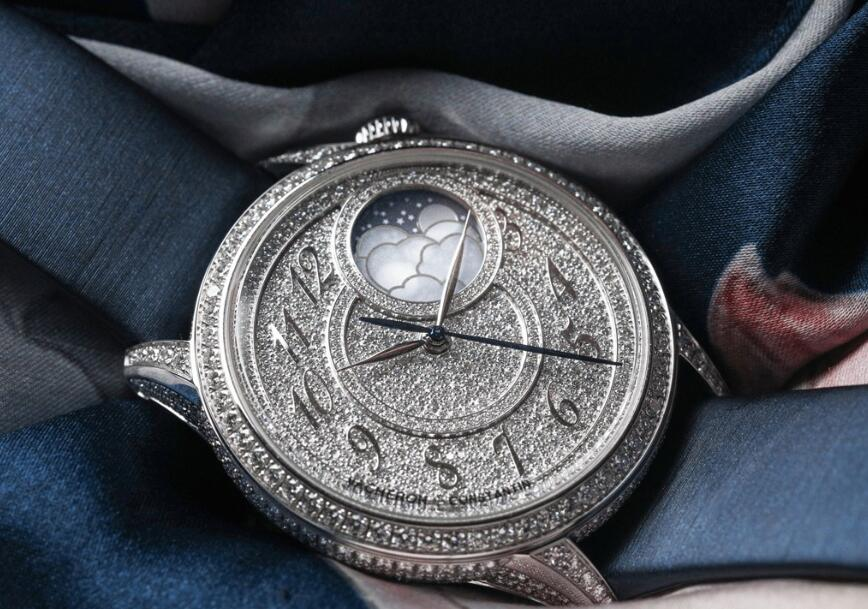 AAA quality fake watches are dazzling with diamonds.
