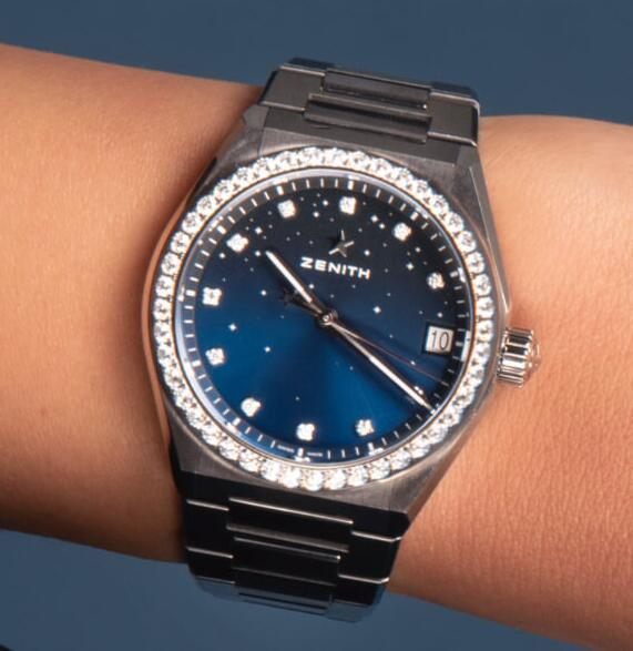 High quality replica watches apply the diamonds for luxury style.