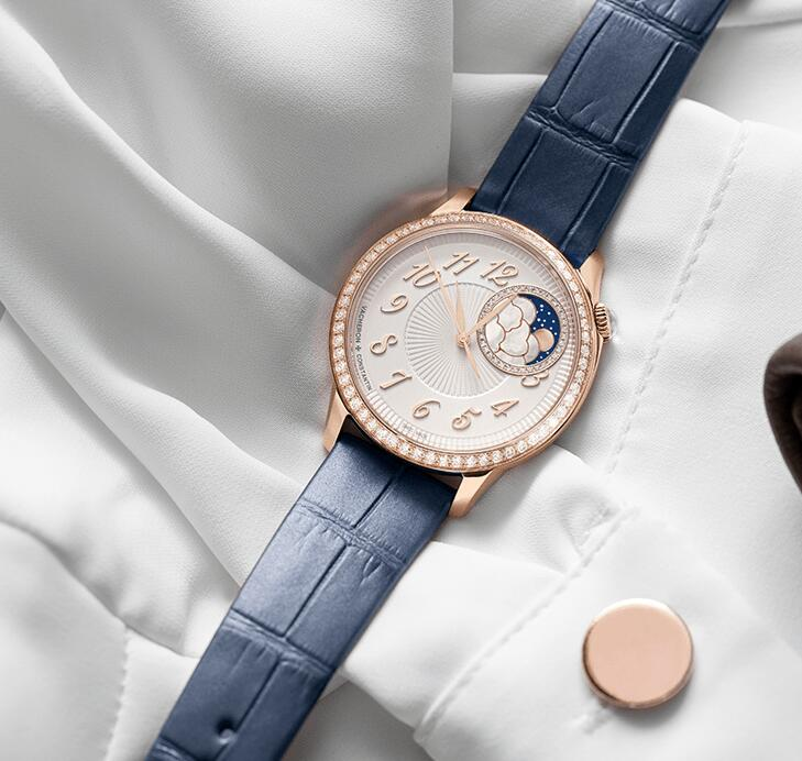 Online replica watches offer mellow feeling with pink gold luster.