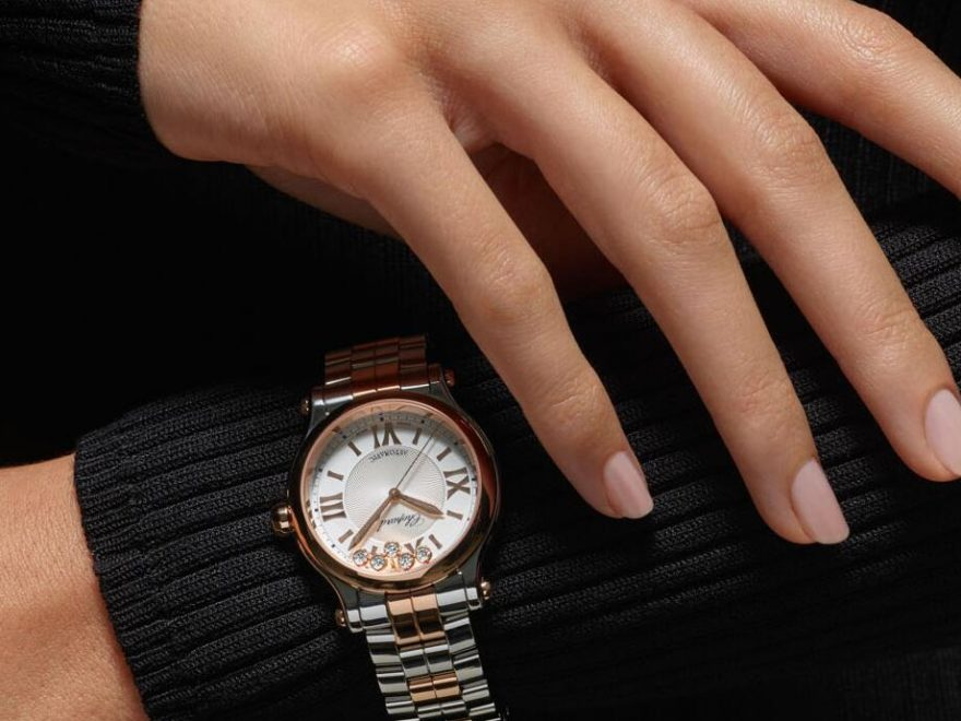 1:1 fake watches become trendy with the coordination of steel and 18k rose gold.